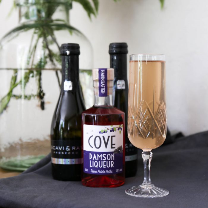 Vodka Liqueur and Prosecco Cocktail Kit