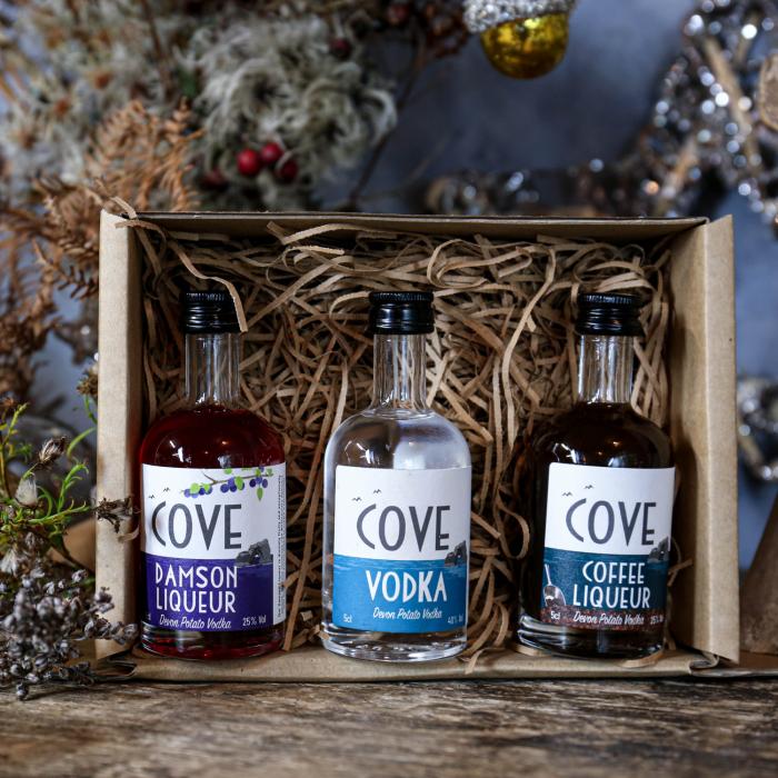 Cove Vodka and liqueurs miniatures gift box