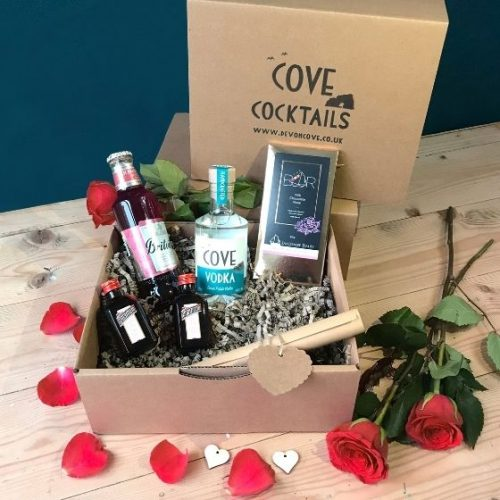 Cosmopolitan Valentine's Cocktail Kit gift box
