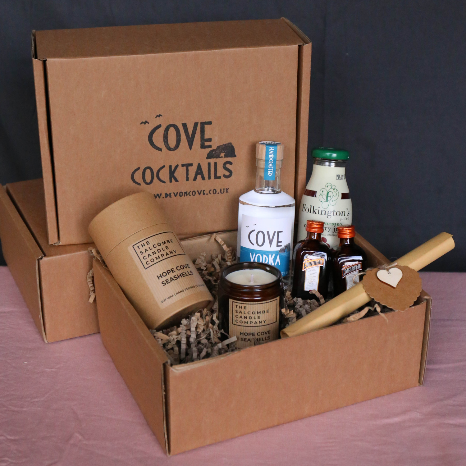 Cosmopolitan Cocktail Kit and candle gift box