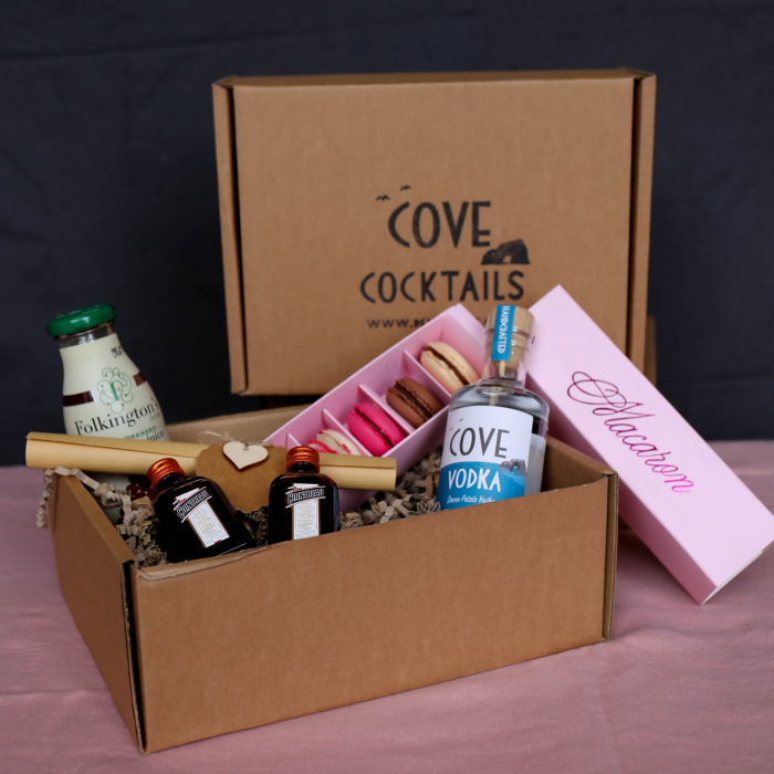 Cosmopolitan Mother's Day Gift Box
